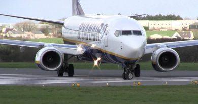 Spazio-News Ryanair B737-800 - 2