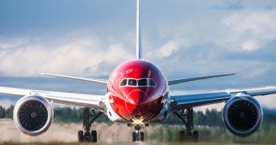 Norwegian_dreamliner_Spazio-news