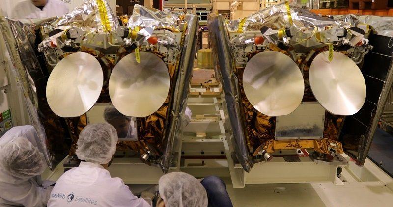 Airbus OneWeb Satellites_spazio-news