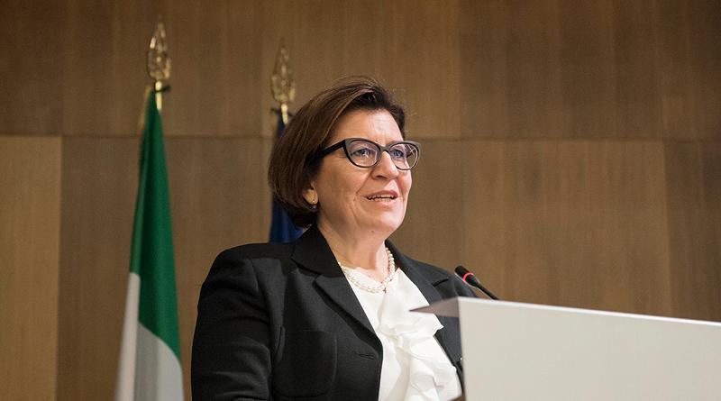 Ministro della Difesa, Elisabetta Trenta spazio-news.it
