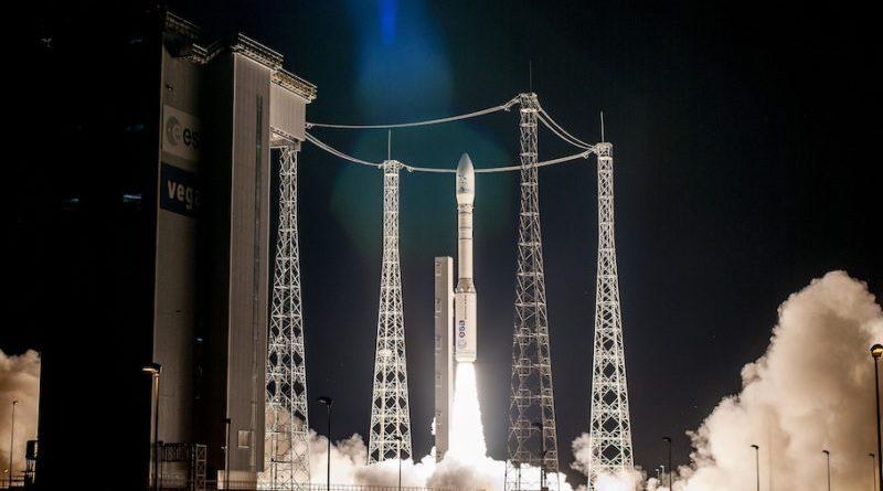 Arianespace Avio Vega rocket ESA Vettore Satelliti Spazio