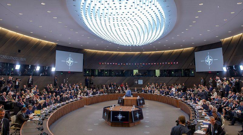 Riunione ministri della difesa NATO