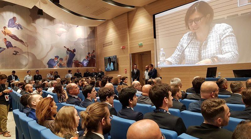 Ministro della Difesa Elisabetta Trenta convegno Difesa Collettiva