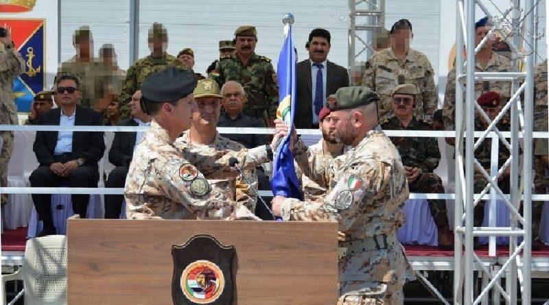 Paolo Attilio Fortezza al comando del Contingente italiano nella missione in Iraq