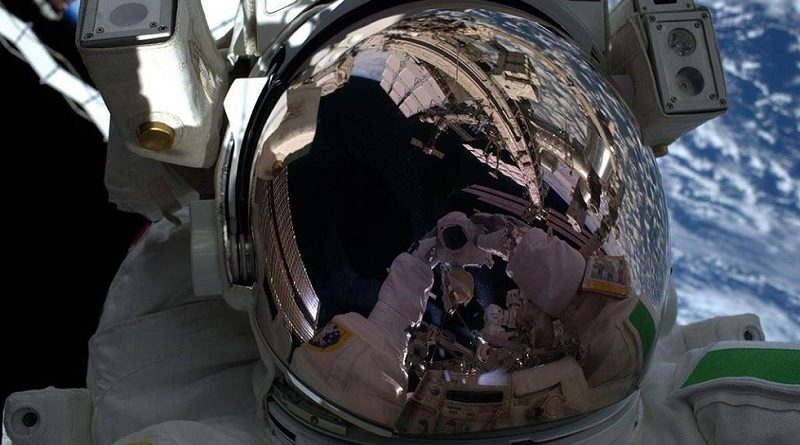 Extra-Vehicular Activity - EVA Missione Beyond Luca Parmitano Agenzia Spaziale Europea - ESA