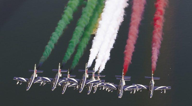 Aeronautica Militare Pattuglia PAN Frecce Tricolori