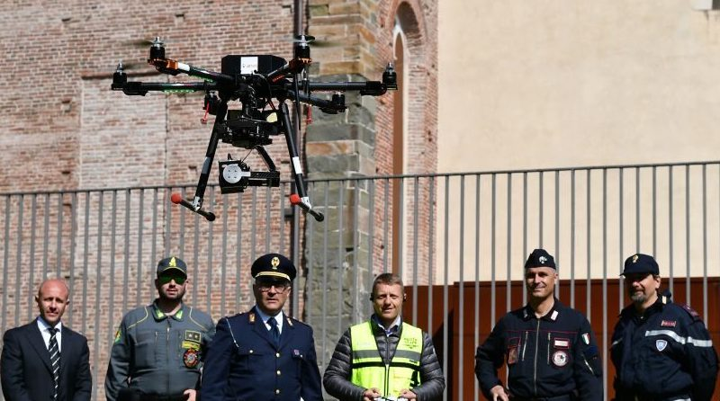 Droni APR - Polizia Carabinieri Guardia di Finanza Gabriele Santiccioli Flytop Nimbus