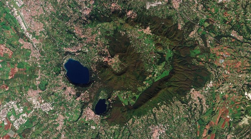 Italia Satellite Mappa Agenzia Spaziale Europea - ESA immagine satellitare Castelli Romani