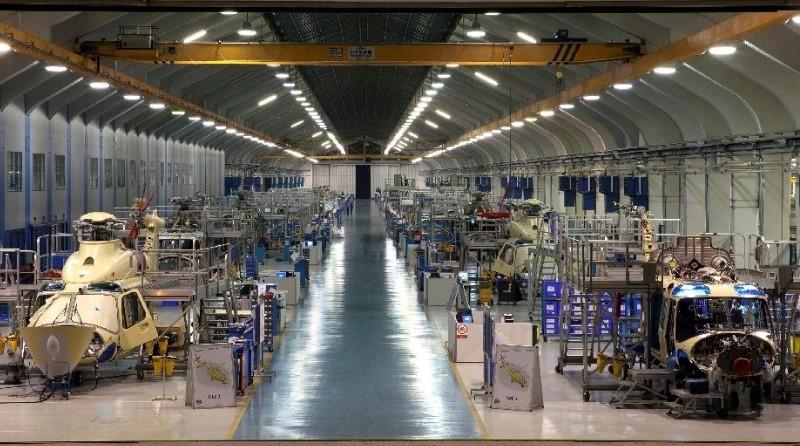 Leonardo Company Produzione elicotteri AgustaWestland Vergiate Industria lavoro manutenzione - Spazio-News Magazine