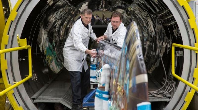 Leonardo Company Produzione elicotteri Pala Elica AgustaWestland Vergiate Industria lavoro manutenzione - Spazio-News Magazine