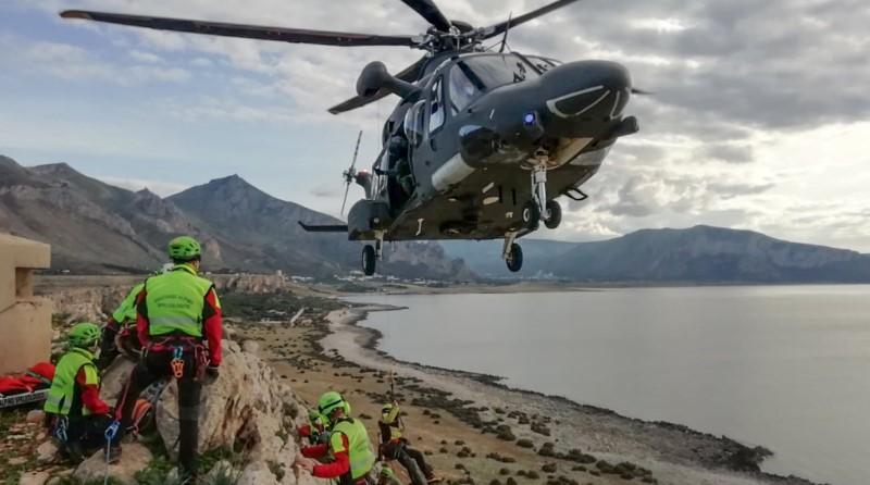 Aeronautica Militare Italiana - elicottero bimotore HH-139B - AW-139 Leonardo - SAR