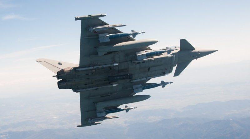 AMI - Eurofighter Typhoon Full Load - bombe GBU-48, 6 missili, 2 taniche, pod LDP Litening, Spazio-News Magazine